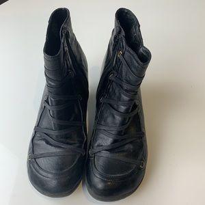 Miz Mooz Claudia Leather Ankle Boot Size 41 Black